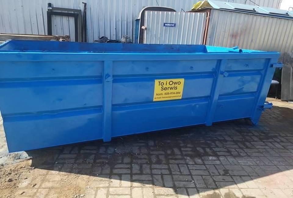 Wielki niebieski kontener